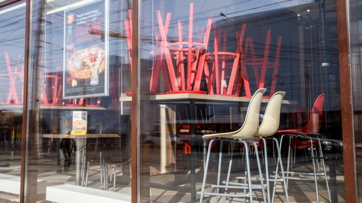 «Спасаемся доставкой и сокращением сотрудников»: как выживают кафе Волгограда во время пандемии