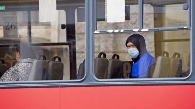 В Кемерове из-за нарушения масочного режима с линии сняли 15 автобусов