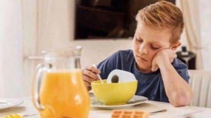 «Заткнись и ешь свою туалетную бумагу»: интернет закидал коронавирус мемами