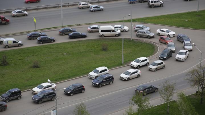 Власти Башкирии рассказали, как регистрировать автомобиль, если он один на всю семью