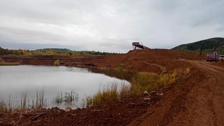 «До русла реки Урал всего 100 метров»: жители Башкирии обеспокоены работой золотодобывающей компании