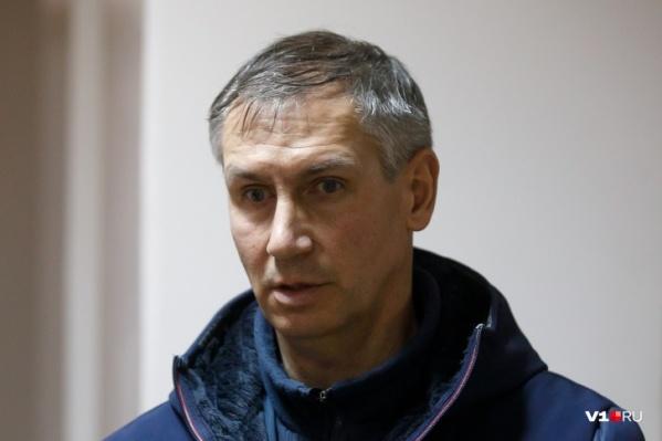 Лодочника Леонида Жданова снова посадили на скамью подсудимых