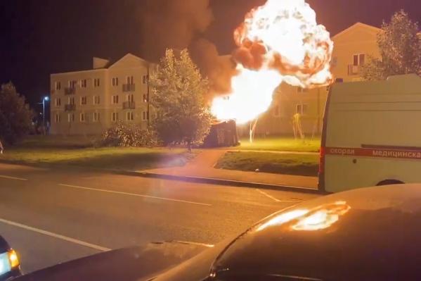 В машине загорелся газ