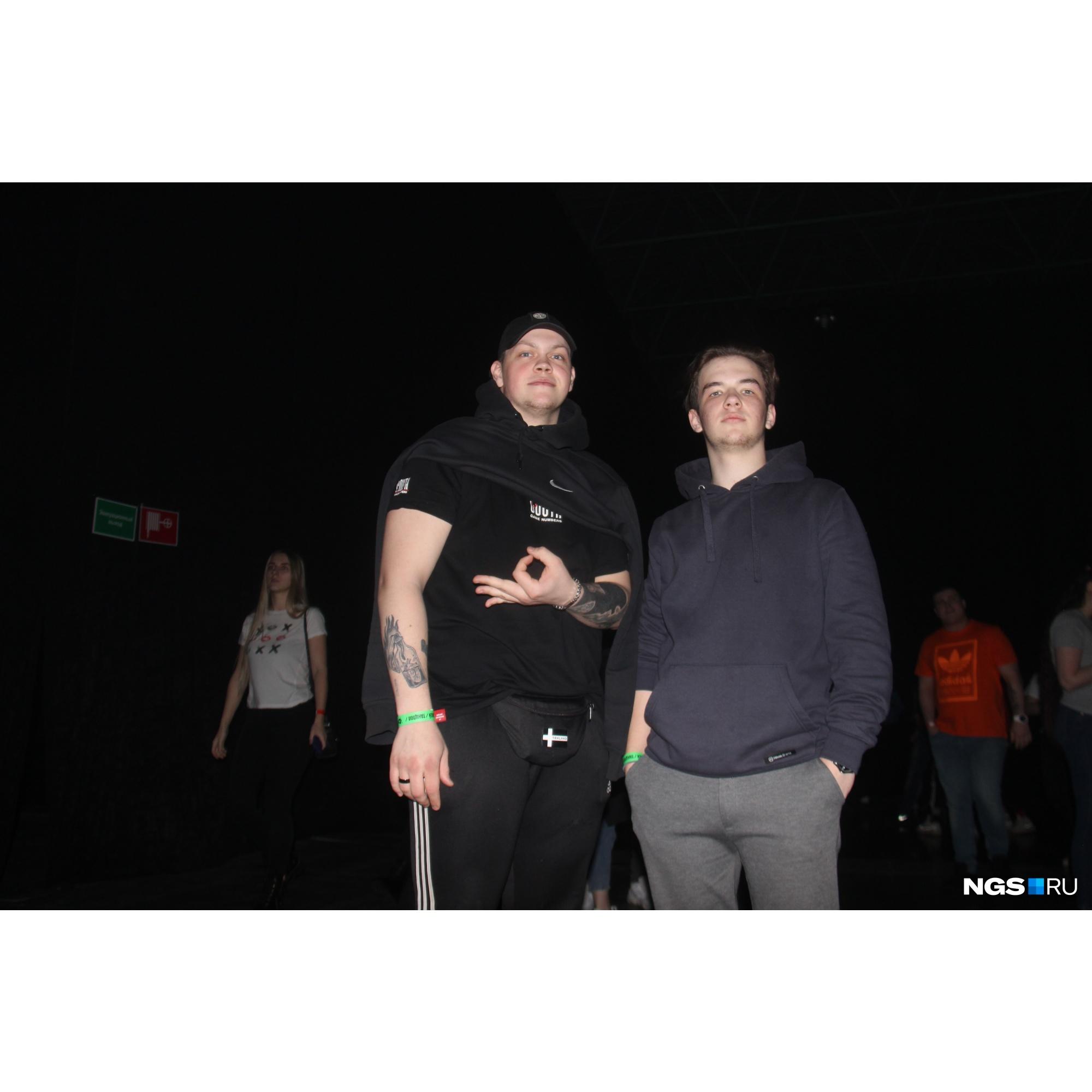 Сергей, 19 лет, и Илья, 20 лет