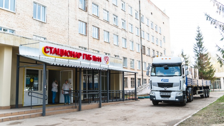 Калачинцев, заболевших коронавирусной инфекцией, перевезли в Омск