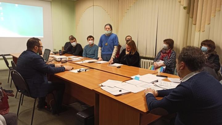 «Ощущение, что люди не любят город»: пермяки высказались на публичных слушаниях о строительстве в Черняевском лесу