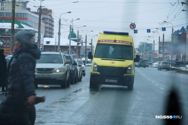Школьников доставили в областную детскую клиническую больницу