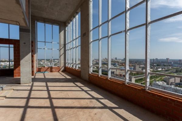 Огромные окна наполнят квартиру естественным светом