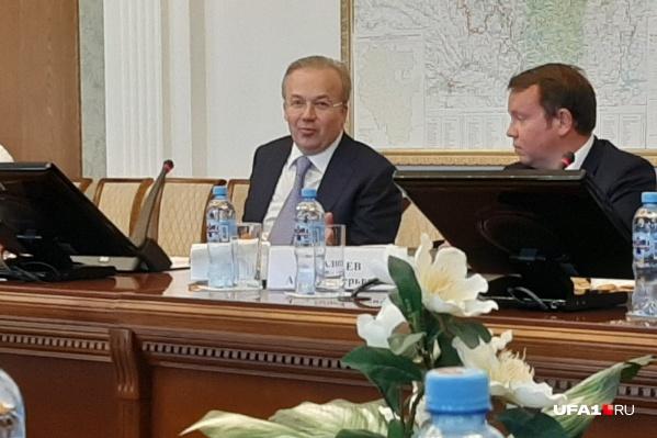 Андрей Назаров встретился с журналистами на конференции в правительстве