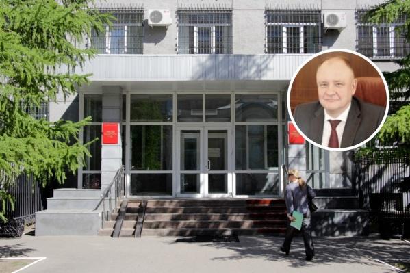 Пётр Трапезников 30 лет отработал в военных судах