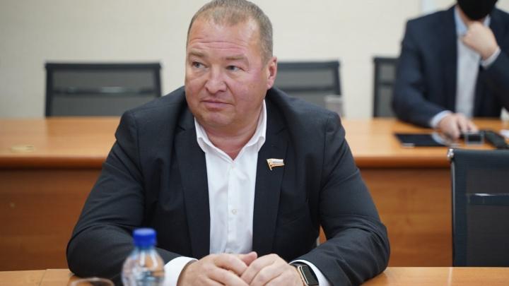 «Вы сами были генералом полиции»: ярославский депутат попросил губернатора вычислить интернет-тролля