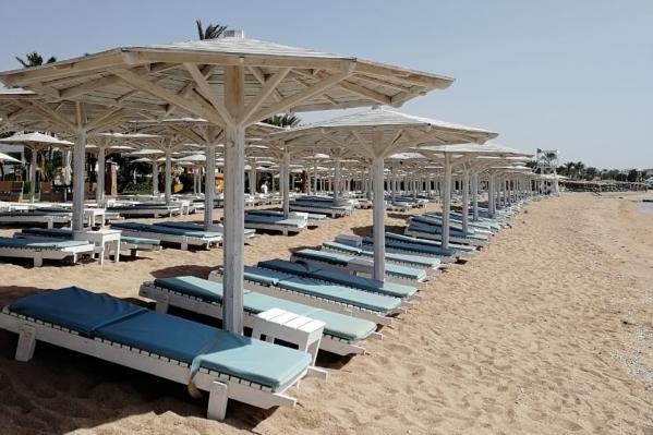 Пустой пляжШарм-эш-Шейха
