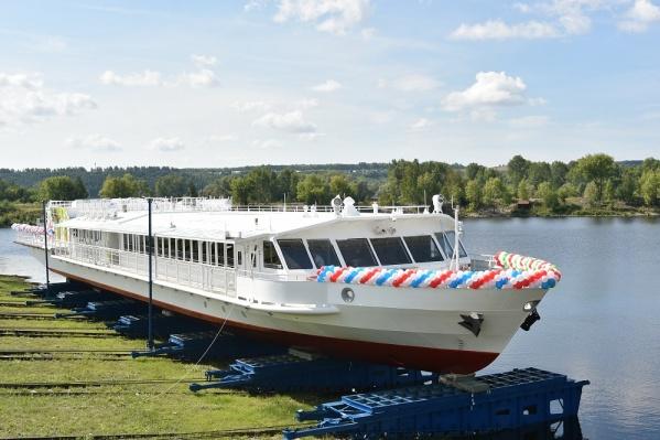 Это первое в России речное пассажирское судно, работающее на криогенном топливе