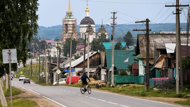 Второй дом «уральского немца»: репортаж из села Быньги, где жил и принимал туристов Штефан Земкен