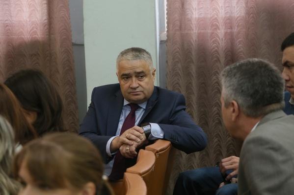 Андрей Юрчиков руководил машиностроительным заводом семь лет