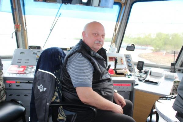 Свой профессиональный праздник капитаны Архречпорта отмечают на судах и в рейсах