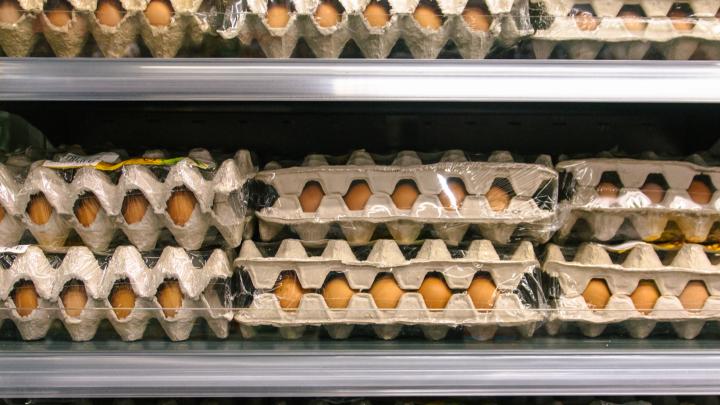 Россельхознадзор нашел в Самарской области несколько партий просроченных яиц и говядины