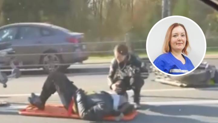 «Был в тяжелом состоянии»: первую помощь пострадавшему на М-8 байкеру оказала врач платной скорой