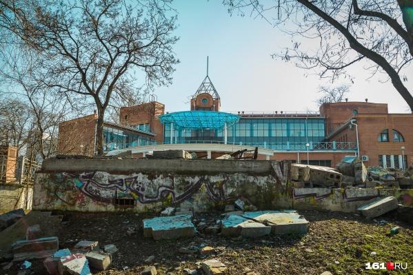 Ростовский парк пытаются привести в порядок уже несколько лет