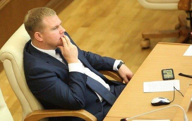 «У нас убили сына — всё нормально»: депутата свердловского ЗакСо обвинили в непредумышленном убийстве