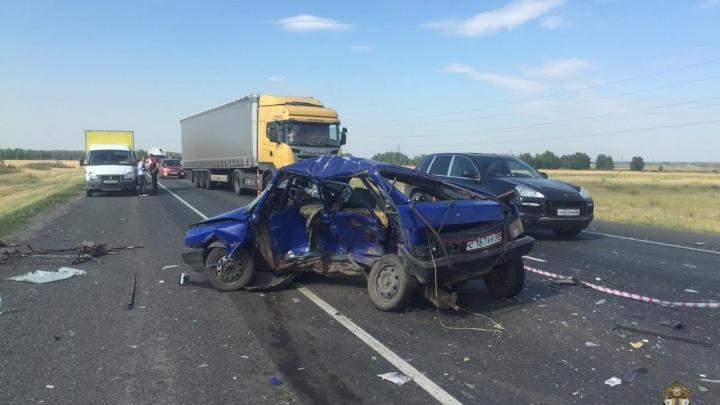 Утром на Черлакской развязке произошло ДТП с двумя погибшими