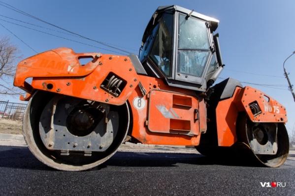 За год обещали построить еще 64 километра асфальтовых дорог
