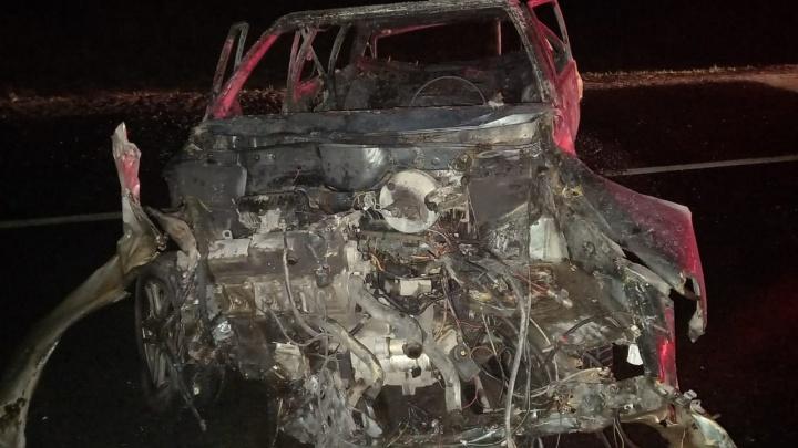 «Пежо» добил ВАЗ: полицейские рассказали об аварии с пожаром под Тольятти