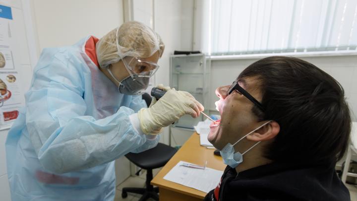 В Волгоградской области сделали 14 906 тестов на коронавирус