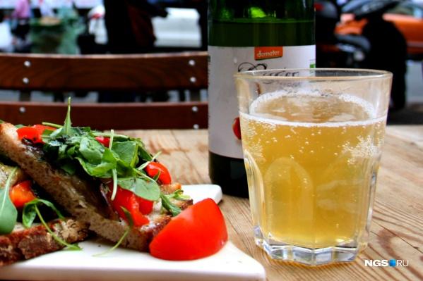 Новые заведения будут готовить простые блюда и торговать навынос