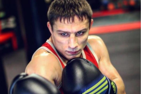 Михаилу 29 лет, про себя говорит, что в спорте он «всю сознательную жизнь»