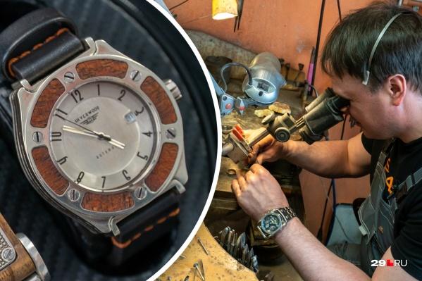 Руслан Скютте окончил мореходное училище, но всю жизнь работает ювелиром, а в последние годы занимается изготовлением авторских часов