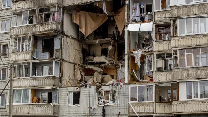 «Посидеть днём можно, а ночевать нельзя»: жители взорвавшегося дома рассказали о внезапном выселении