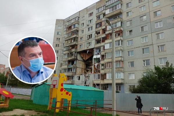 Одним из жильцов взорвавшегося дома на Батова оказался депутат Денис Дёмин