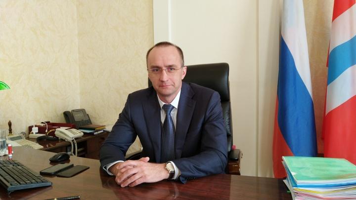 В Омске подал в отставку министр здравоохранения Дмитрий Вьюшков