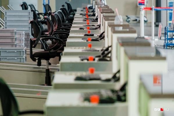 Из-за того что рабочие кресла слишком долго пустовали весной 2020-го, в Совете Федерации хотят сократить выходные в 2021-м