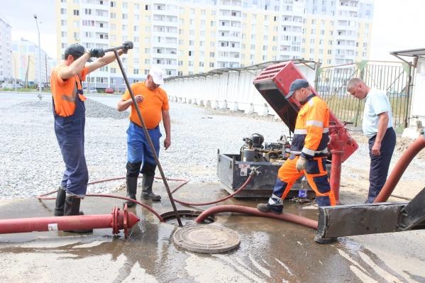 Водоканал нашел причину загрязнения воды в новом микрорайоне и со своей стороны сделал всё, чтобы ее устранить