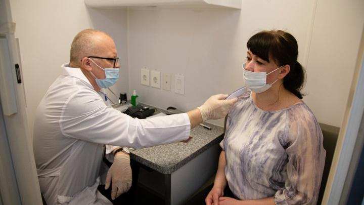 Страховщики снизили выплаты заболевшим коронавирусом. Кому из челябинцев теперь выгодны эти полисы