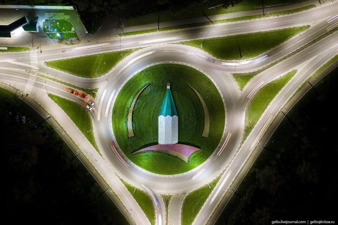 А так выглядит одно из колец города с высоты
