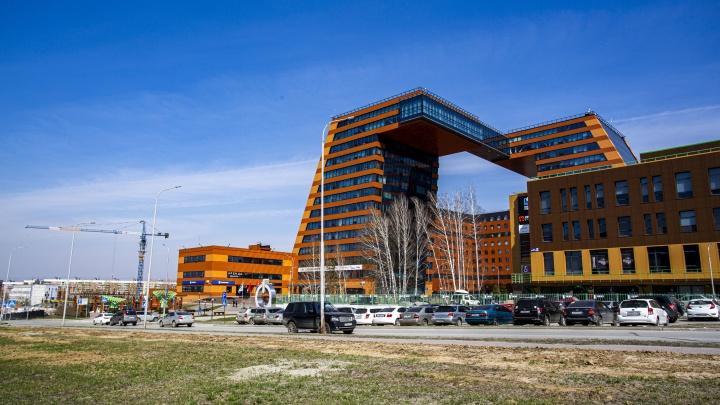 Скандал в Технопарке: вместо производств хотят построить дом с «золотыми» квартирами — кто за этим стоит