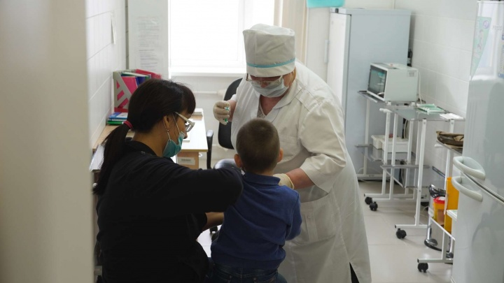 И тебя вылечат, и меня вылечат: как прикрепиться к поликлинике в Самаре