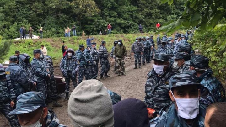В деятельности охранного предприятия, чьи сотрудники разгоняли людей на Куштау, нашли нарушения