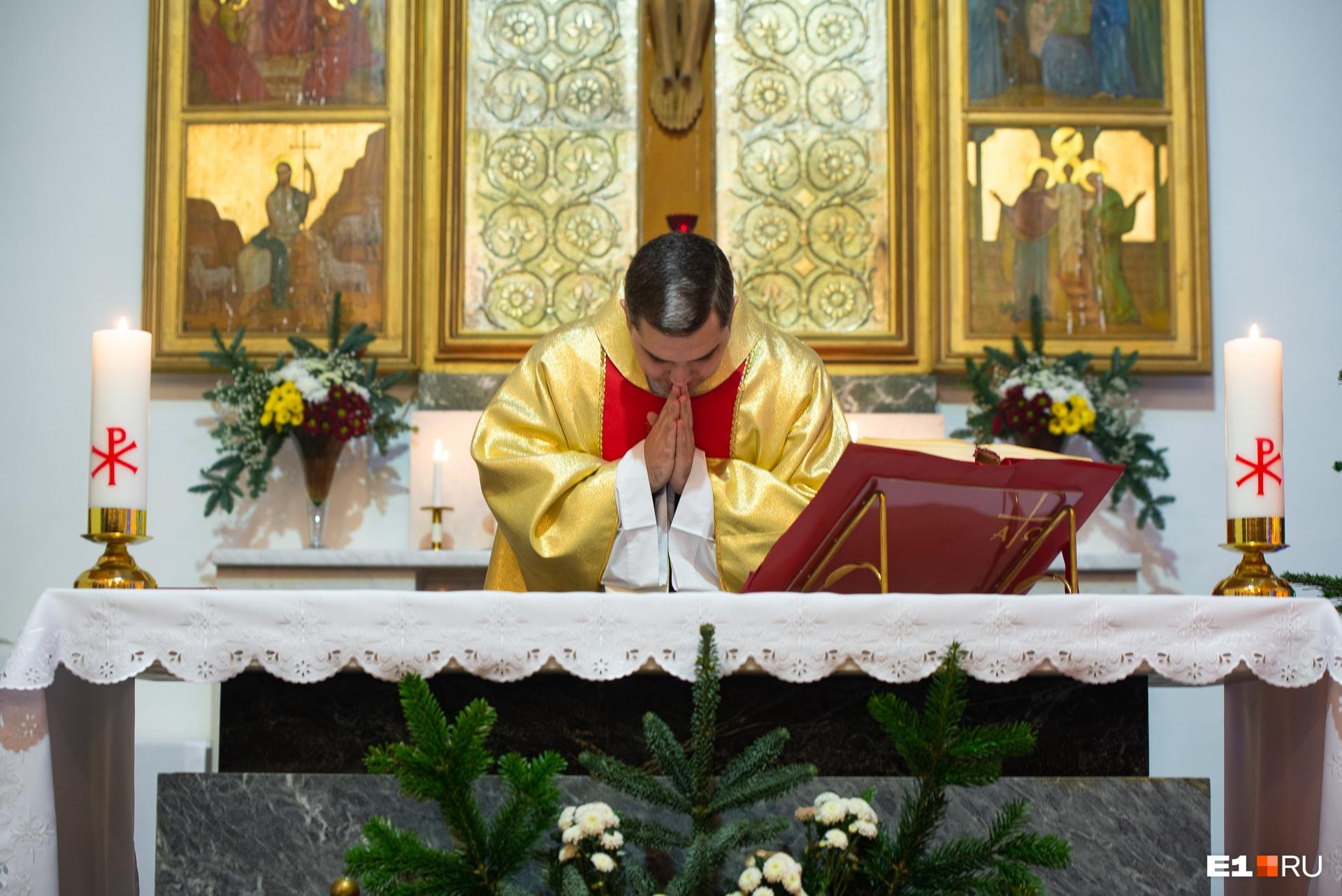 Он прочитал проповедь о значении родословной Иисуса