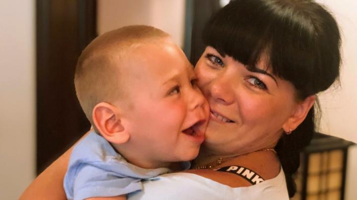 «От вопросов на улице хочется рыдать»: мама из Ярославля рассказала, каково растить больного ребенка