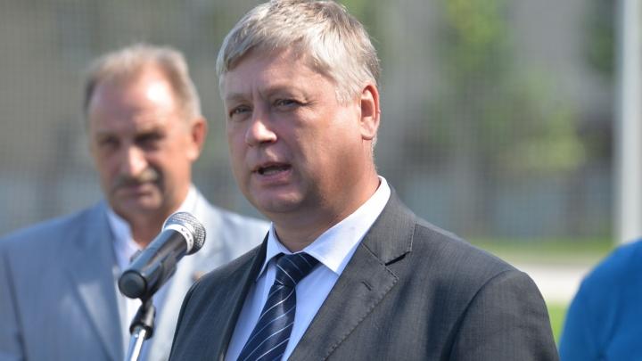 Силовики провели обыск в администрации Кировского района