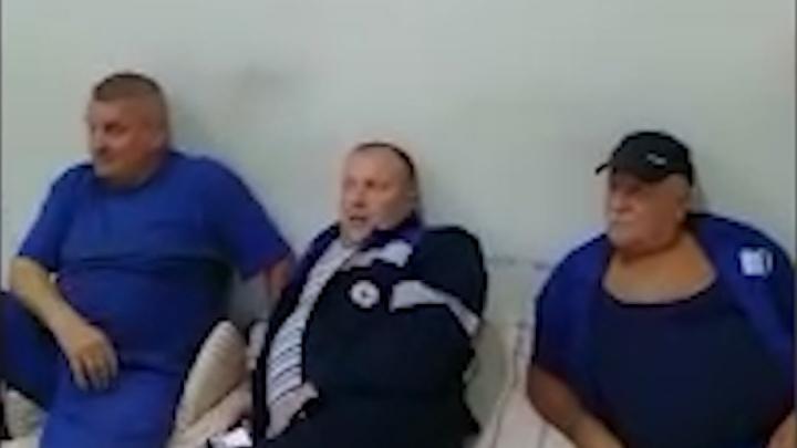Водители скорой помощи в Башкирии пожаловались на отсутствие условий для отдыха на рабочем месте
