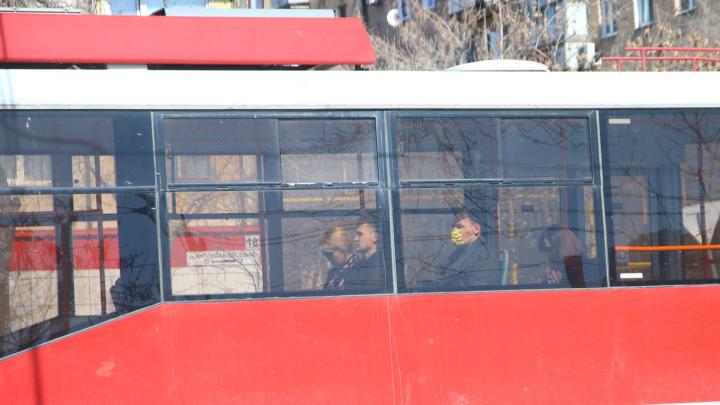 Из общественного транспорта Самары снова будут высаживать пассажиров без масок