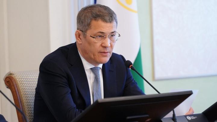 Радий Хабиров подписал указ о выплатах донорам антиковидной плазмы