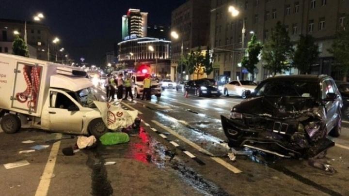 Адвокат Ефремова частично признал, что актер был за рулем в момент ДТП