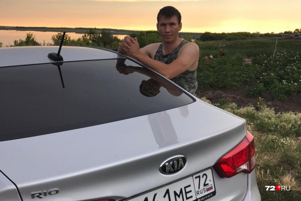 В качестве пассажира в автомобиле ехал сотрудник ишимской полиции Александр Мануйлов