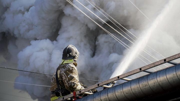 На территории кемеровской психбольницы произошёл крупный пожар